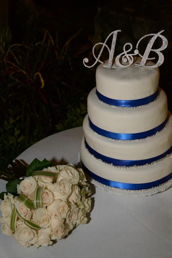 white 4 tier cake