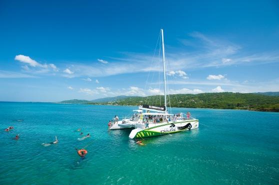 IslandRoutes catamaran