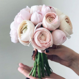 Bouquet by Flowerna (https://flowerna.ru/), Image by Wedding Forward (https://www.weddingforward.com/)